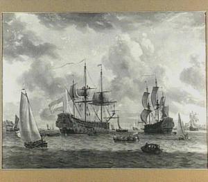 Hollandse oorlogschepen op de rede van een stad