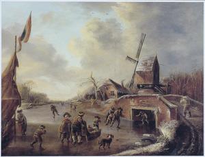 IJsvermaak op een bevroren rivier bij een brug en een molen