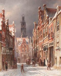 Sneeuwballen gooien in de Korte Begijnestraat in Haarlem; de toren van de Bakenesserkerk in het verschiet