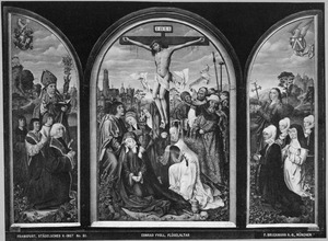 De H. Nicolaas met Claus Humbracht en zijn zonen Claus, Jakob en Johann (binnenzijde linkerluik), de kruisiging (middenpaneel), de H. Margaretha met Greda Brun en haar dochters Margarethe, Katherine en Anna (binnenzijde rechterluik)
