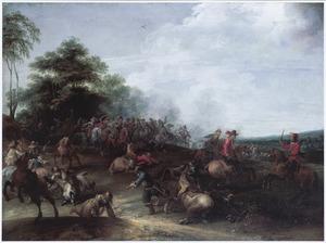 Glooiend landschap met een ruitergevecht bij een bosrand