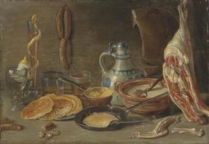 Stilleven met vlees, drinkgrei en pannekoeken