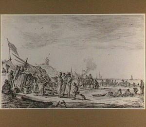 Strand met visverkopers en aangespoelde walvis