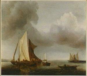 Enkele schepen bij windstilte