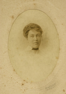 Portret van ms. Anna Joanna van der Hoeven (1892-1983)