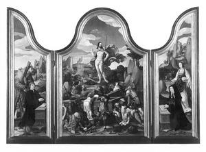 De H. Andreas met stichter (links), de opstanding (midden), de H. Maria Magdalena met stichtster (rechts)