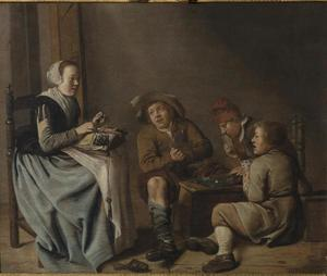 Kantklossend meisje met drie kaart spelende jongens