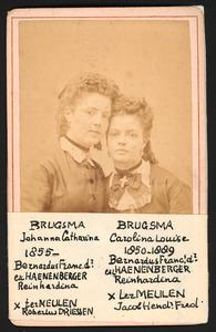 Portret van Carolina Louise Brugsma (1850-1889) en Johanna Catharina Brugsma (1855-?)