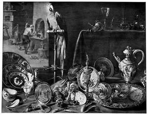 Stilleven van porseleinen, zilveren, verguld en glazen siervaatwerk, met een papegaai