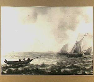 Visserschepen op zee met links op de voorgrond een boot met gestreken mast