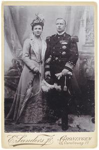 Portret van Koningin Wilhelmina (1880-1962) en  prins Hendrik van Mecklenburg-Schwerin (1876-1934)