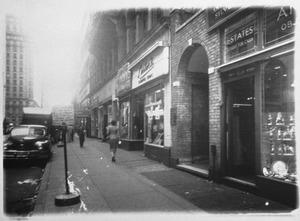 De ingang naar het tweede atelier van Piet Mondriaan in New York