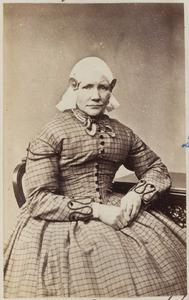 Portret van een vrouw, mogelijk Antje Drager (1823-1899)