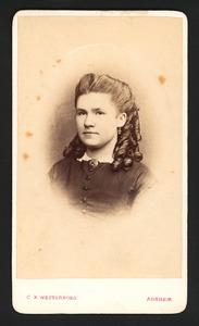 Portret van Margot v.d. Ham (1857-1935)