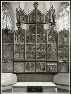 De Gregoriusmis met andere eucharistische voorstellingen (buitenste paar luiken geopend)