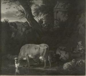 Bebost landschap met een drinkende koe en rustend vee