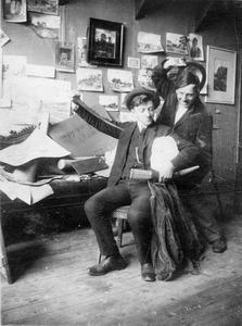 Sipke van der Schaar in zijn atelier