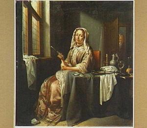 Zittende vrouw met wijnglas in interieur; een jonge man in de deuropening
