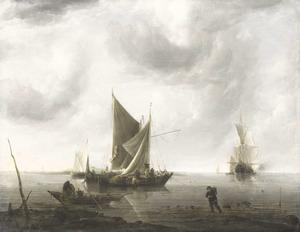 Schepen voor anker op een kalme zee