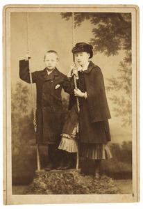 Portret van Maria de Lavieter (1867-1895) en Johannes Jacobus de Lavieter (1869-1948)