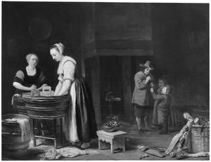 Keukeninterieur met wassende vrouwen, een man en twee kinderen