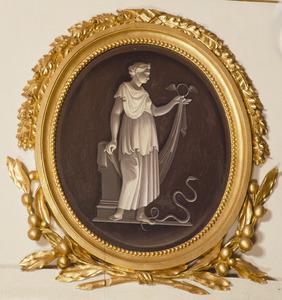 Vrouw met gevleugelde ring en slang