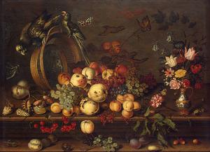 Stilleven met omgevallen mand, vruchten en boeket bloemen