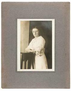 Portret van Huiberdina Frederika Wilhelmina Muijen (1892-)