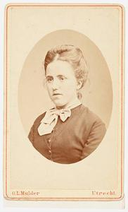 Portret van Catharina Louisa Momma (1852-1926)
