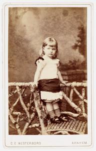 Portret van Jaqueline Adriene Justine van Nagell (1882-1977)