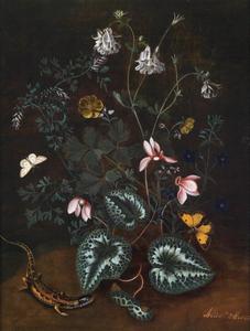 Bosgrond met bloemen en hagedis