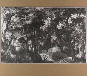 Boslandschap met vogels, een hert en jagers op een brug