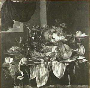Pronkstilleven met fruit, glas- en zilverwerk, horloge,