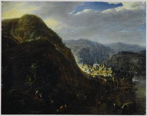 Berglandschap met boten op een rivier en een zonovergoten ommuurde stad