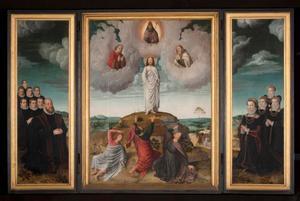 De portretten van Anselmus de Boodt met zijn zonen (binnenzijde links), de Transfiguratie (middenpaneel), Johanna Voet met haar dochters (binnenzijde rechts); de H. Anselmus (buitenzijde links); Johannes de Evangelist (buitenzijde rechts)
