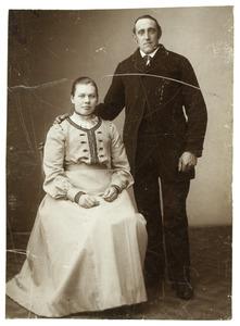 Portret van Jacob Dijkshoorn (1870-?) en Pietje van der Knaap (1881-1933)
