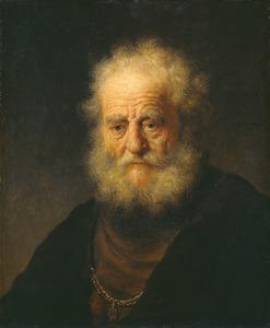 Borststuk van een oude man met een gouden ketting