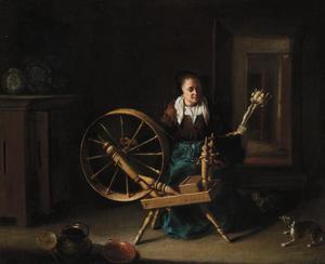 Vrouw spint wol in een interieur