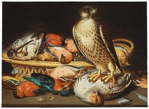 Stilleven met een valk bij dood gevogelte