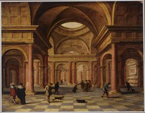 Classicistisch kerkinterieur met bezoekers