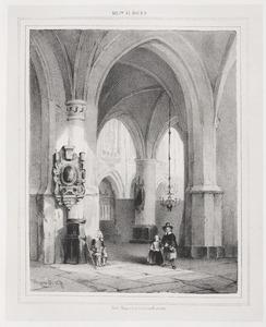 Kerkinterieur met drie figuren