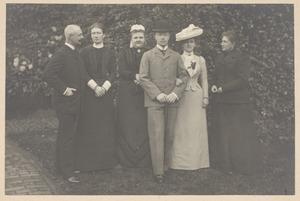 groepsportret van de families Van Oranje-Nassau, Van Mecklenburg -Schwerin en Van Oldenburg