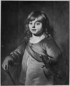 Portret van een jongen met een dolk