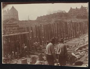 Gezicht op de bouwwerkzaamheden aan de Van Diemenstraat te Amsterdam