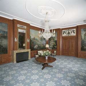 'Mamuchetzaal 'met geschilderde behangsels