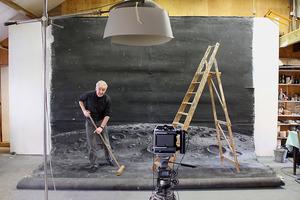Teun Hocks in zijn fotostudio