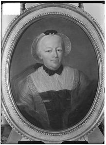 Portret van Maria Catharina van Tuyll van Serooskerken (1708-1787)