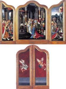 De koningin van Seba knielt voor koning Salomo (links), de afgoderij van koning Salomo (midden), koning Salomo belijdt zijn ontrouw aan God (rechts) (op de buitenzijde twee engelen met de familiewapens van Willem Simonsz. en Adriana van Duyveland)