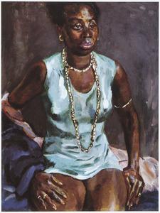 Afrikaanse vrouw in groene hemdjurk met halsketting