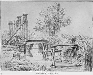 Rivierlandschap met hek, brug en aangemeerde roeiboot